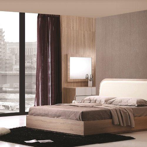 Striell Bedroom Set