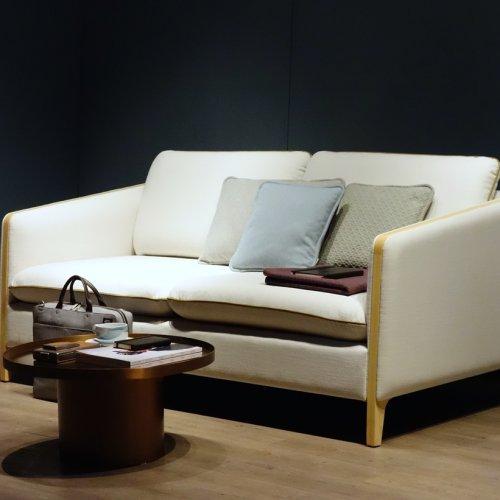 cabin-sofa