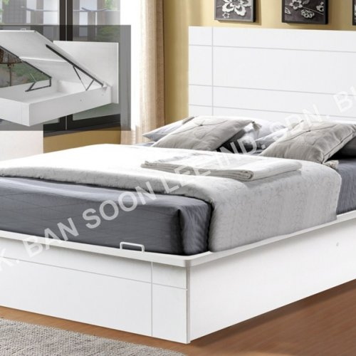 DOUBLE BED WITH STORAGE SPACE