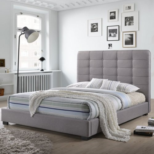 Cayla Bed